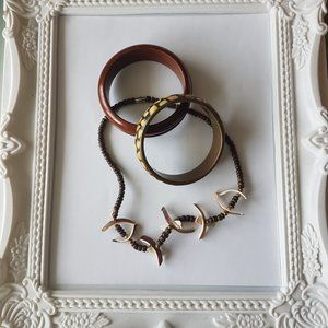 2/$20 - 3 Pieces of Wood and Shell Jewelry